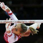 Две русские гимнастки завоевали золотоЧМ наразновысоких брусьях