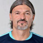 Прошлый вратарь сборной Чехии скончался ввозрасте 47 лет