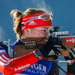 Биатлонистка Юрлова завоевала золото вгонке преследования