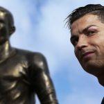 Лионель Месси получил «Золотой мяч» FIFA