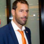 Ван Нистелрой покинет тренерский штаб сборной Нидерландов