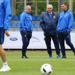 Сборная Украины пофутболу провела первую тренировку врамках подготовки кЧЕ